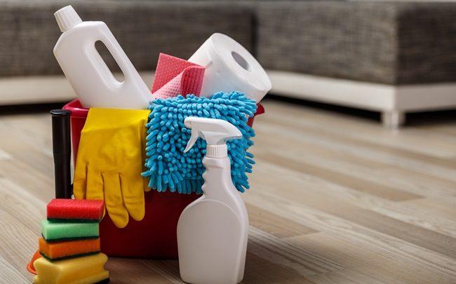 5 maneiras de utilizar o papel toalha na limpeza