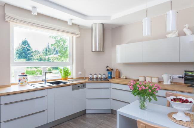 Flores na cozinha: inspire-se para a sua decoração