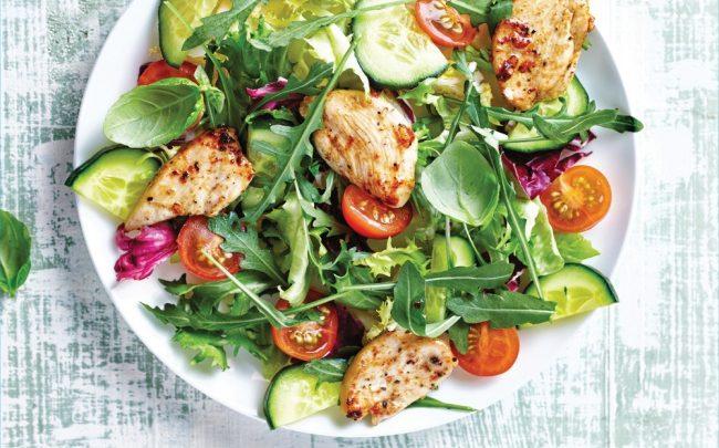 Receitas de saladas deliciosas para o dia a dia