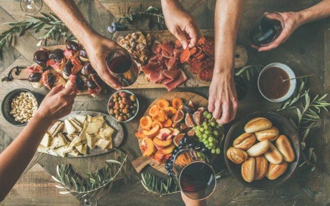 Receitas aperitivos para receber os amigos em casa - SEPAC