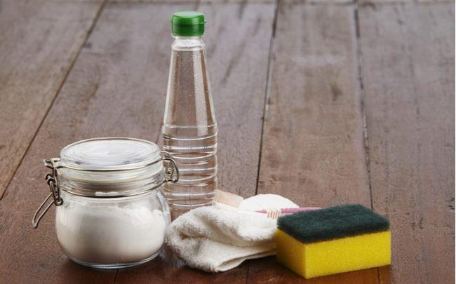 Usando vinagre na limpeza da cozinha