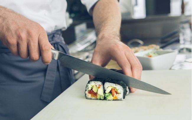 Utensílios essenciais da culinária japonesa