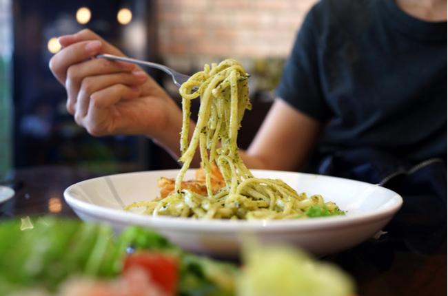 Molho pesto: opção para variar com massas, peixes e saladas