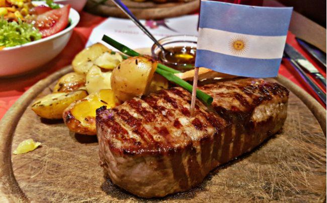 churrasco argentino e brasileiro