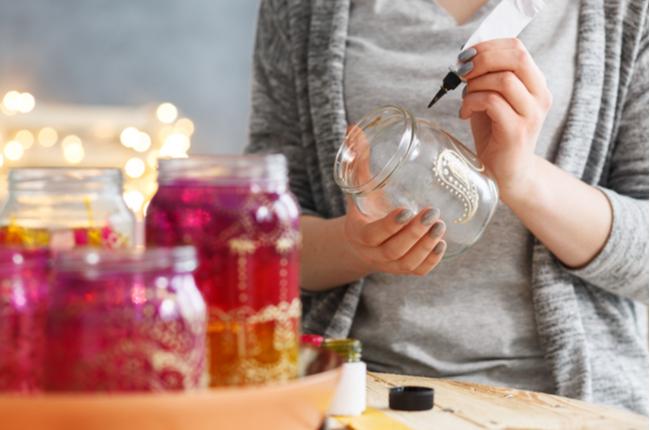 Aprenda a decorar reutilizando materiais
