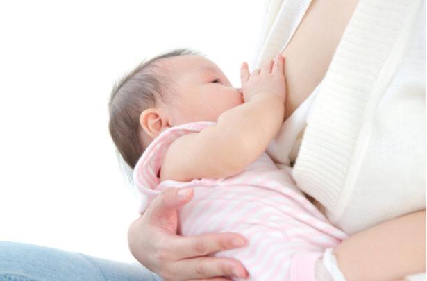 Benefícios do leite materno para o bebê - BabyBoo