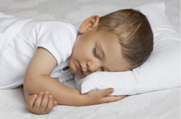 Como escolher o travesseiro ideal para o seu filho - BabyBoo