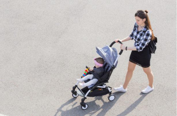 Dicas para passear com o bebê em dias quentes - BabyBoo