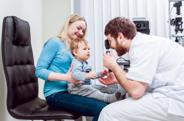 Quando levar a criança ao oftalmologista
