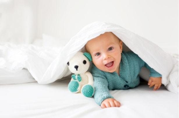 Como prevenir o ressecamento da pele do bebê no inverno - BabyBoo