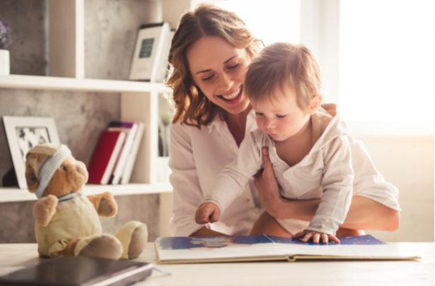 Dicas para encantar as crianças com histórias infantis - BabyBoo