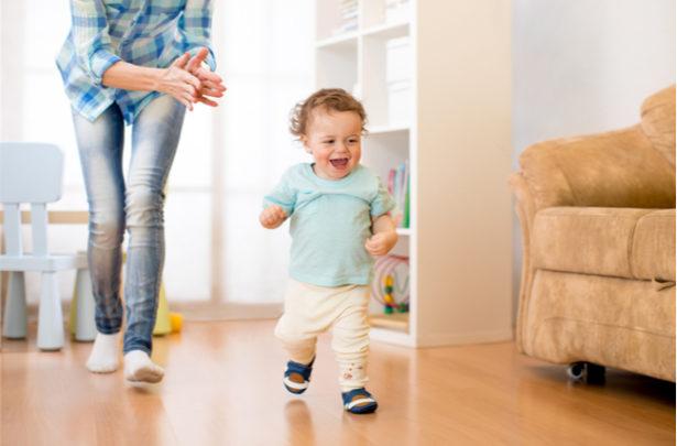 Como escolher os sapatos ideais para o seu bebê - BabyBoo