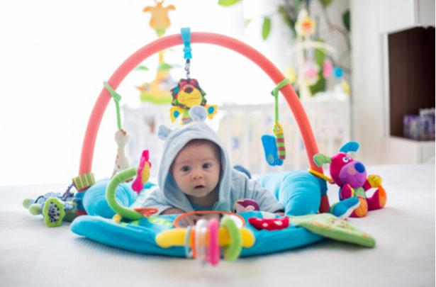 Tapete de atividades - o que é e quais são os benefícios - BabyBoo