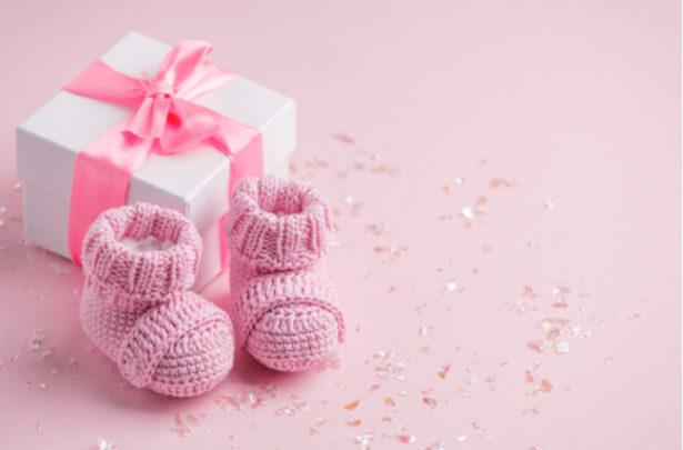 Maneiras criativas de anunciar a gravidez no Natal - BabyBoo
